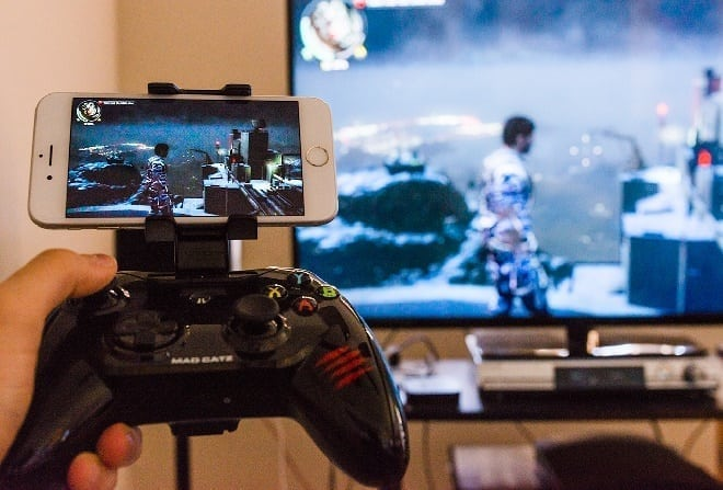 play pc games on ios