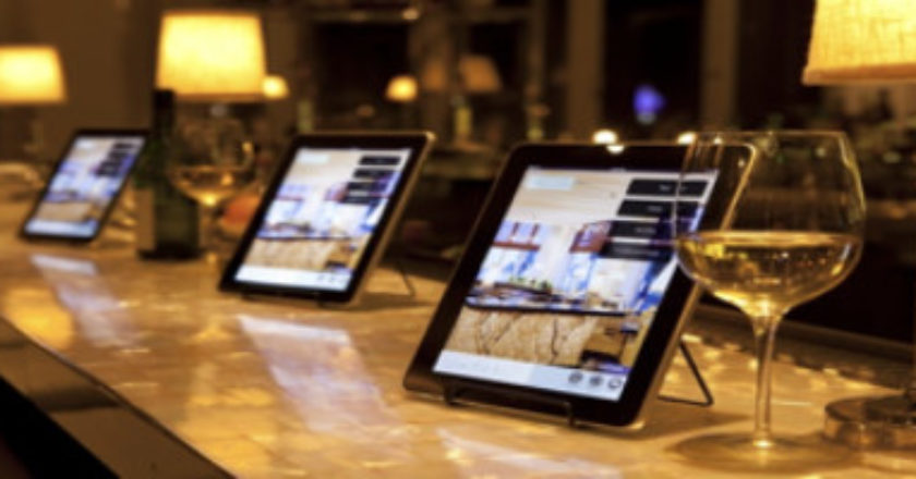 hotel, social media, media, hotel technology, hotels,