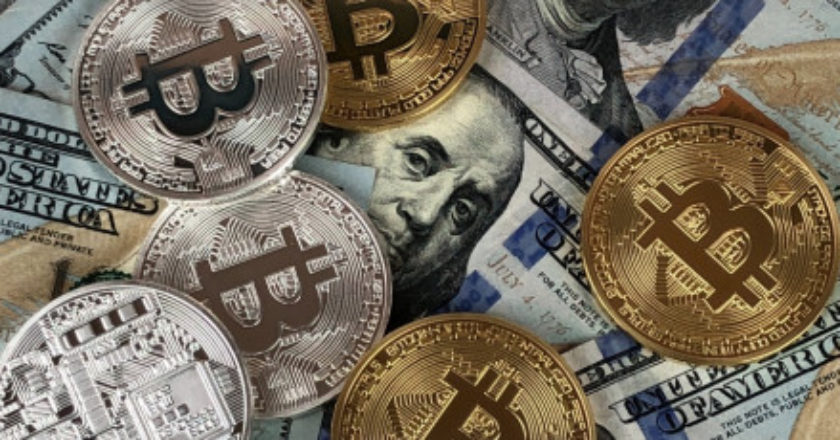How To Cash Out Bitcoin, bitcoin debit card, bitcoin atm, third-party broker exchange, bitcoin atms