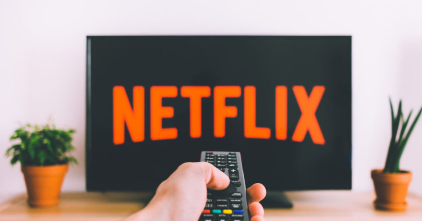 Cancel Cable And Opt For Streaming Media, streaming media, tv and music, internet speed, streaming media live