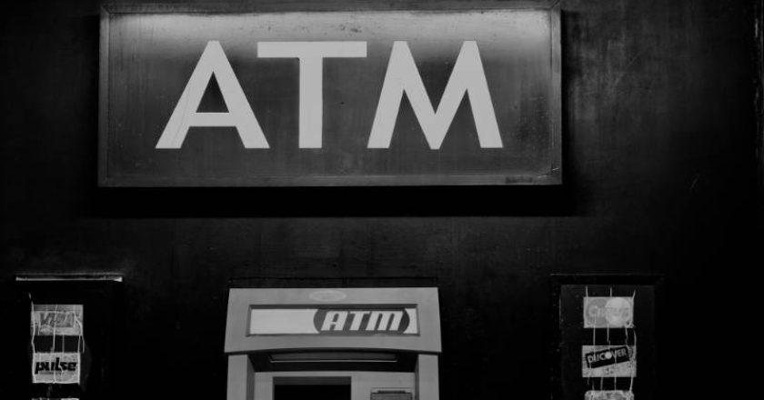 Benefits of using an ATM Machine, invention of atms, invention of atms, bank robberies, ATMs