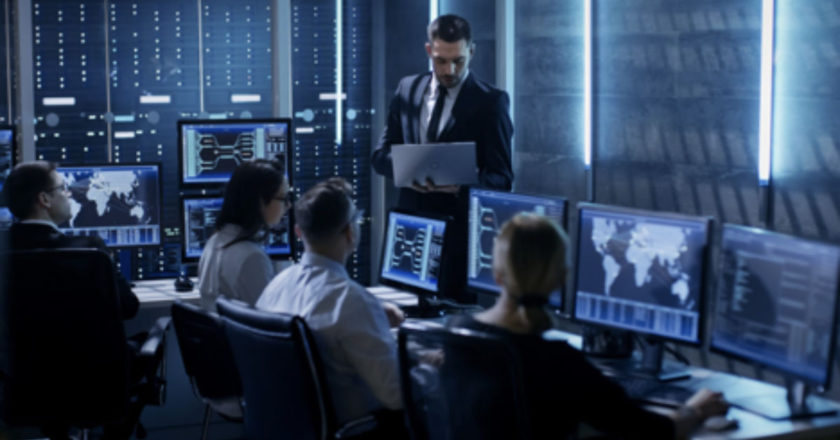 IT Managers, hire the right people, Technology Skills, IT management, IT Professional
