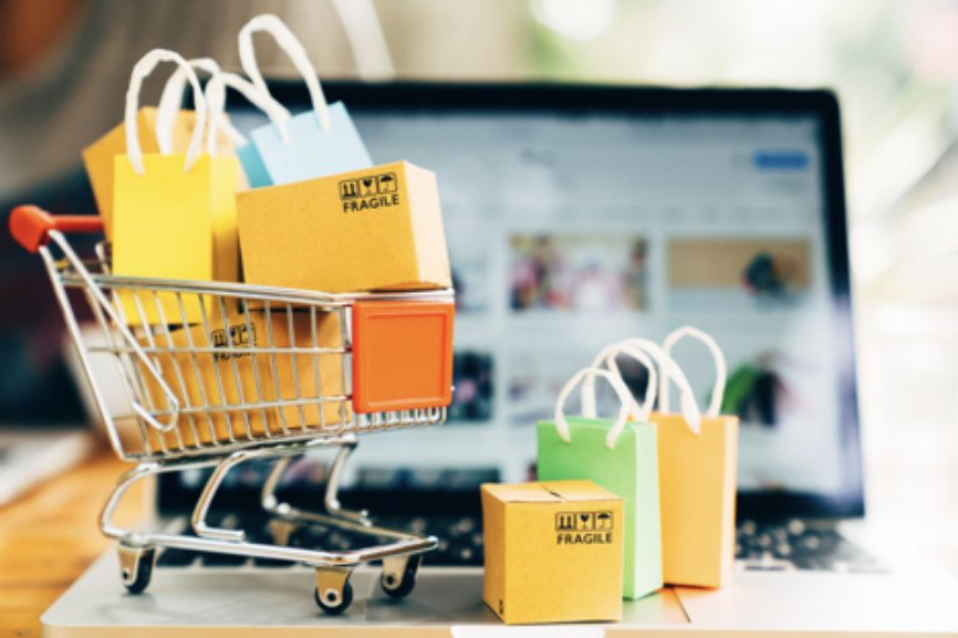 benefits of online shopping, online shopping, e-commerce sales, e-commerce sales, Traditional shopping