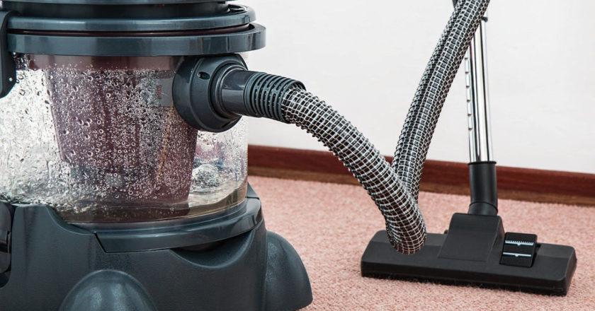 Comparing Vacuum Cleaner Brands, Dyson vacuum cleaners, vacuum cleaner warranty, vacuum cleaner manufacturers, vacuum cleaner reviews