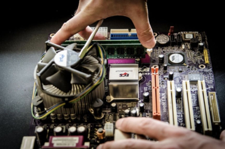 Computer Repair, Fix Your Computer, Blue Screen of Death, Hard Drive Failure is Imminent, Computer is Overheating