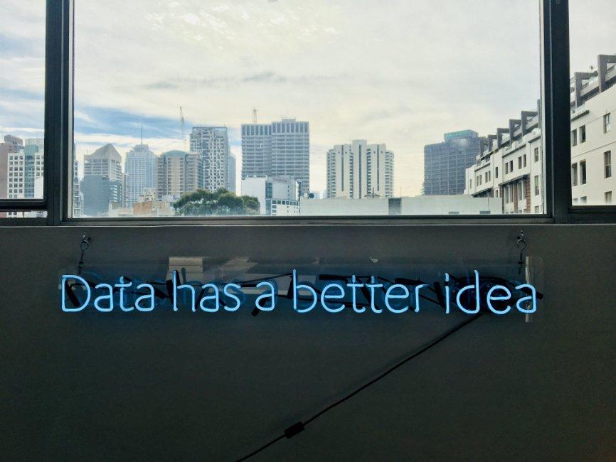 Understanding the Data Pipeline, Data Pipeline, Data collection, Data storage, Data Analysis