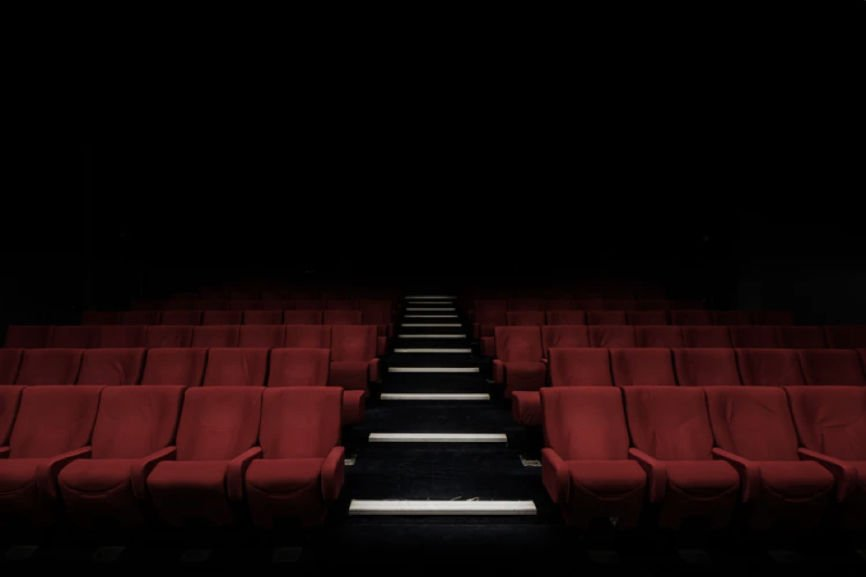 film industry in China, main cinema seasons in China, Alibaba Pictures, popcorn agreements in China, China's Hollywood