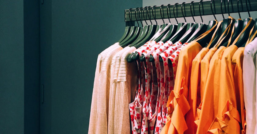 Clothing Suppliers, effective supply chain, global supply chain, clothing business, distribution of textile material