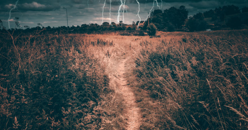 Weather Radios, How Long Do Weather Radios Last, How Does Weather Radio Work, What Is NOAA, NOAA weather radio