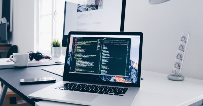 Build Maintainable Websites, How To Use Span And Div Tags, document Your Code, Keeping Code Simple, Write Maintainable Code