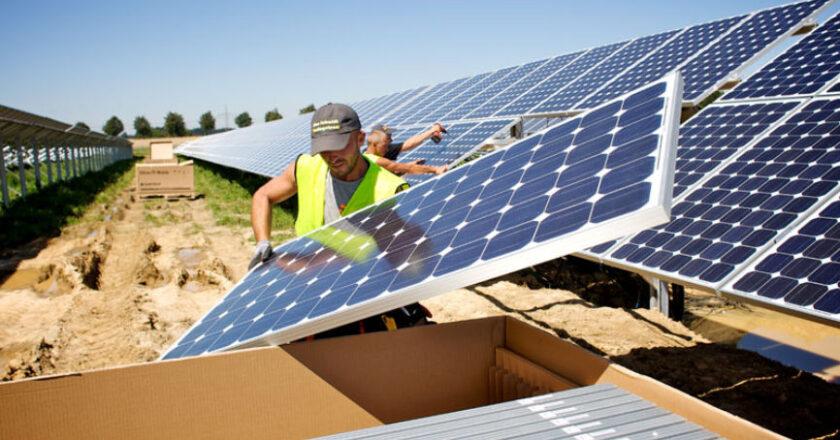 Solar energy, solar power, solar panels, generate electricity, Renewable energy
