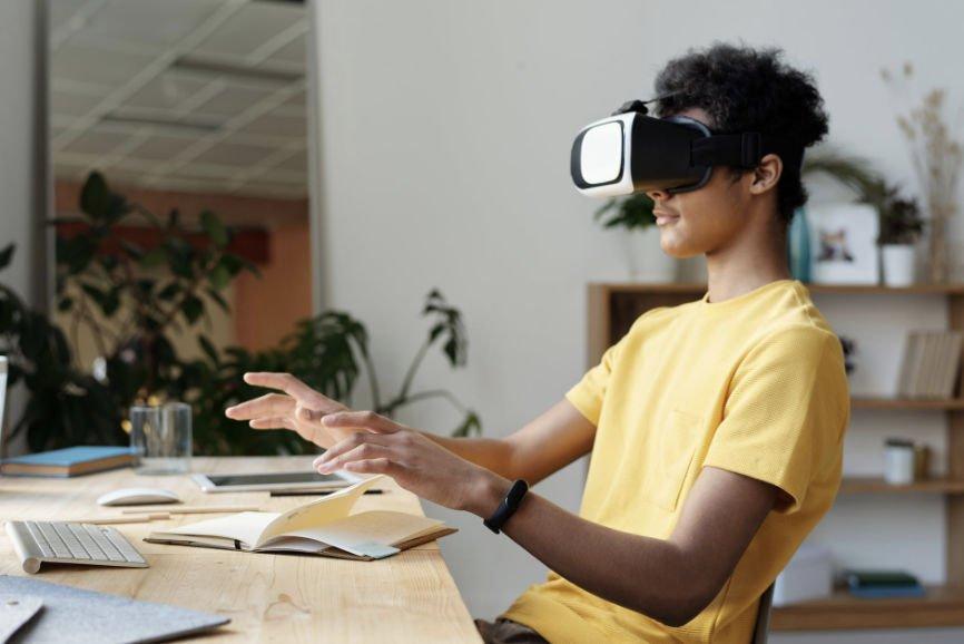 Man Using VR, advanced technology